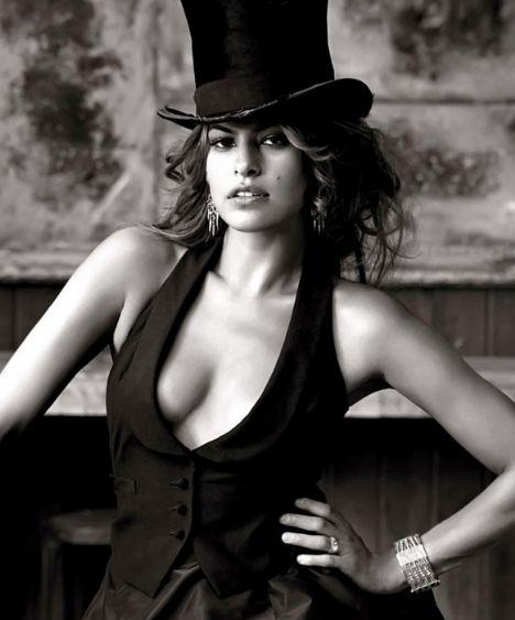 Eva Mendes Vogue'a soyundu - 61